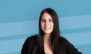 Sarah a fait un DEP en Fleuristerie au Centre de formation horticole de Laval.
